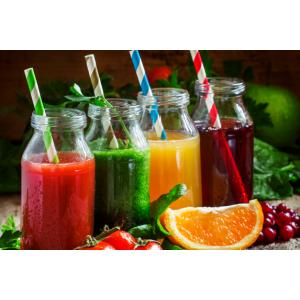 Szeroka gama butelek plastikowych PET. ... Butelki PET doskonałe do serwowania świeżo wyciskanych soków, smoothies i innych zimnych napojów na wynos.